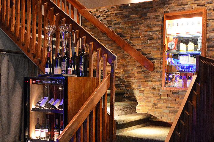 Boca Raton, FL Restaurant Stairs