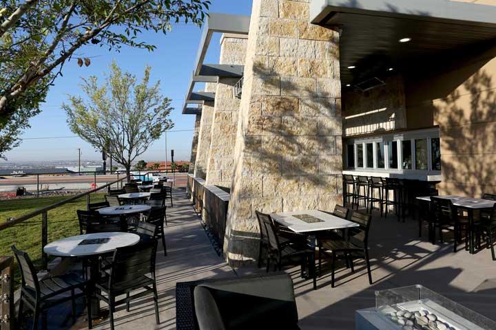 El Paso Patio Bar