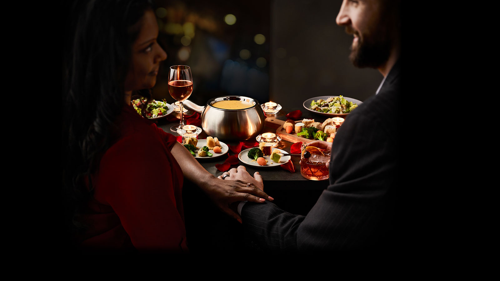 Thursdate date night table for two