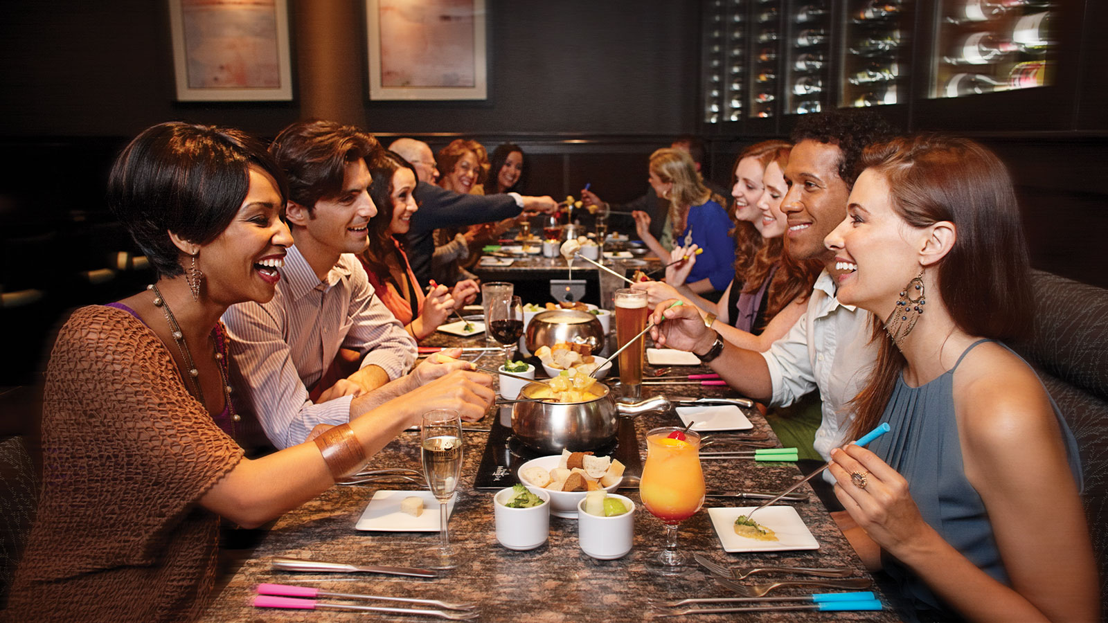 the melting pot The melting pot is 43-year-old proven brand that has recently been named the #1 casual dining restaurant in america by consumers the melting pot is no ordinary franchise the foundation is rooted in exceptional food, beverage and service, without the op.