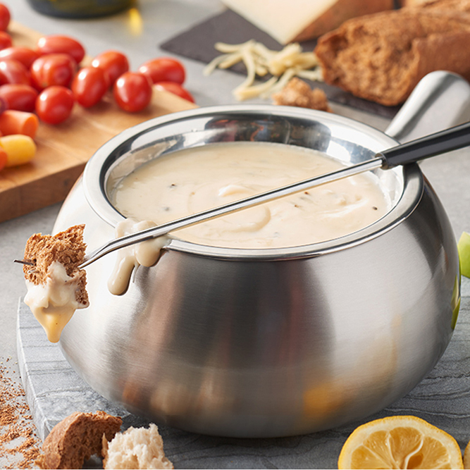 Cheese Fondue at our White Plains, NY Melting Pot